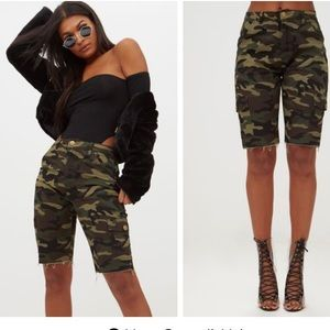 Old Navy Women's Camouflage Midlength Shorts